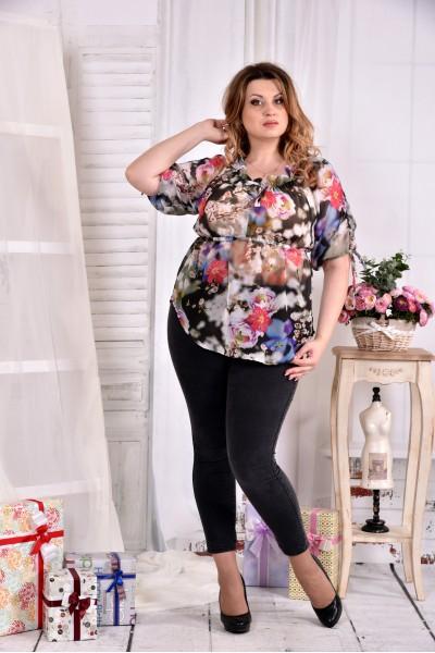 Красивая легкая блузка с цветами 0544-3