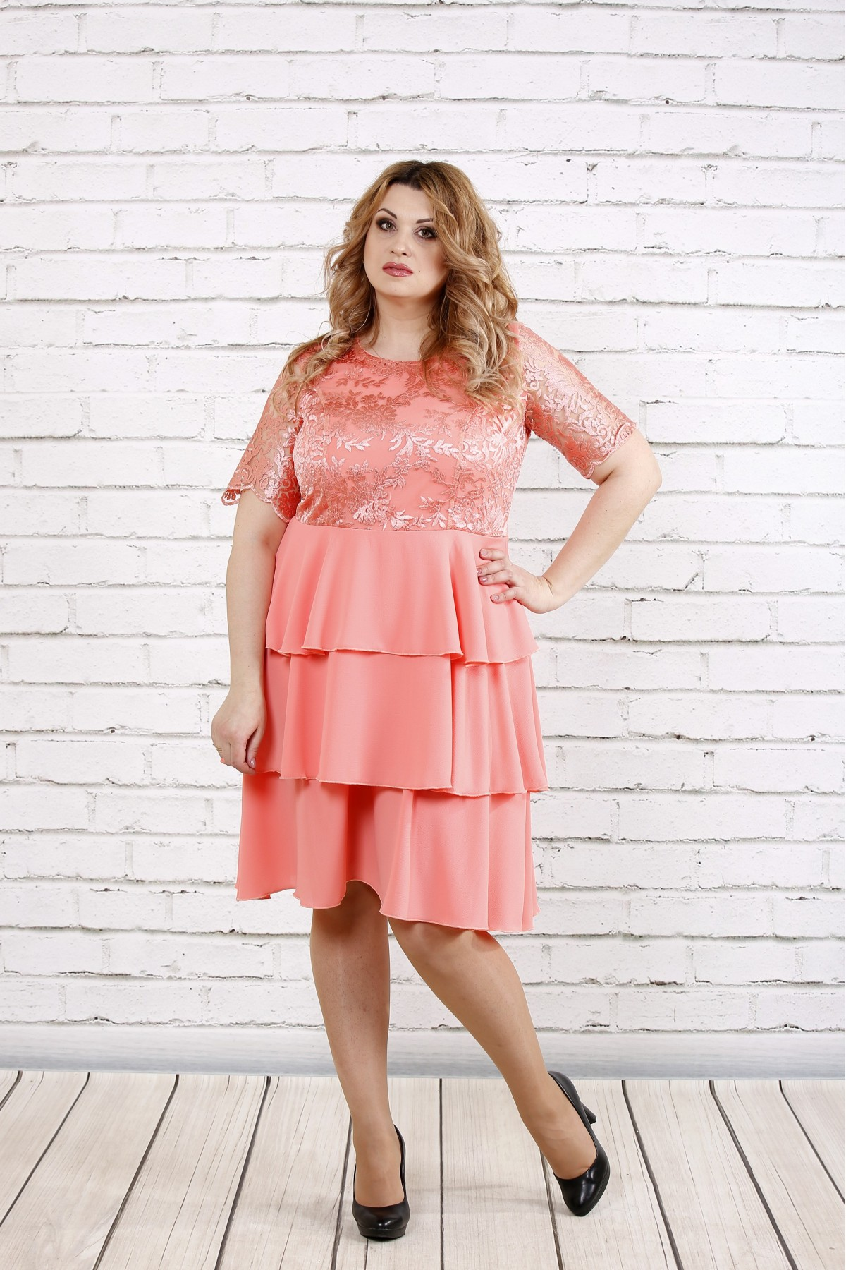 Розовое нежное платье с пышной юбкой   0754-1