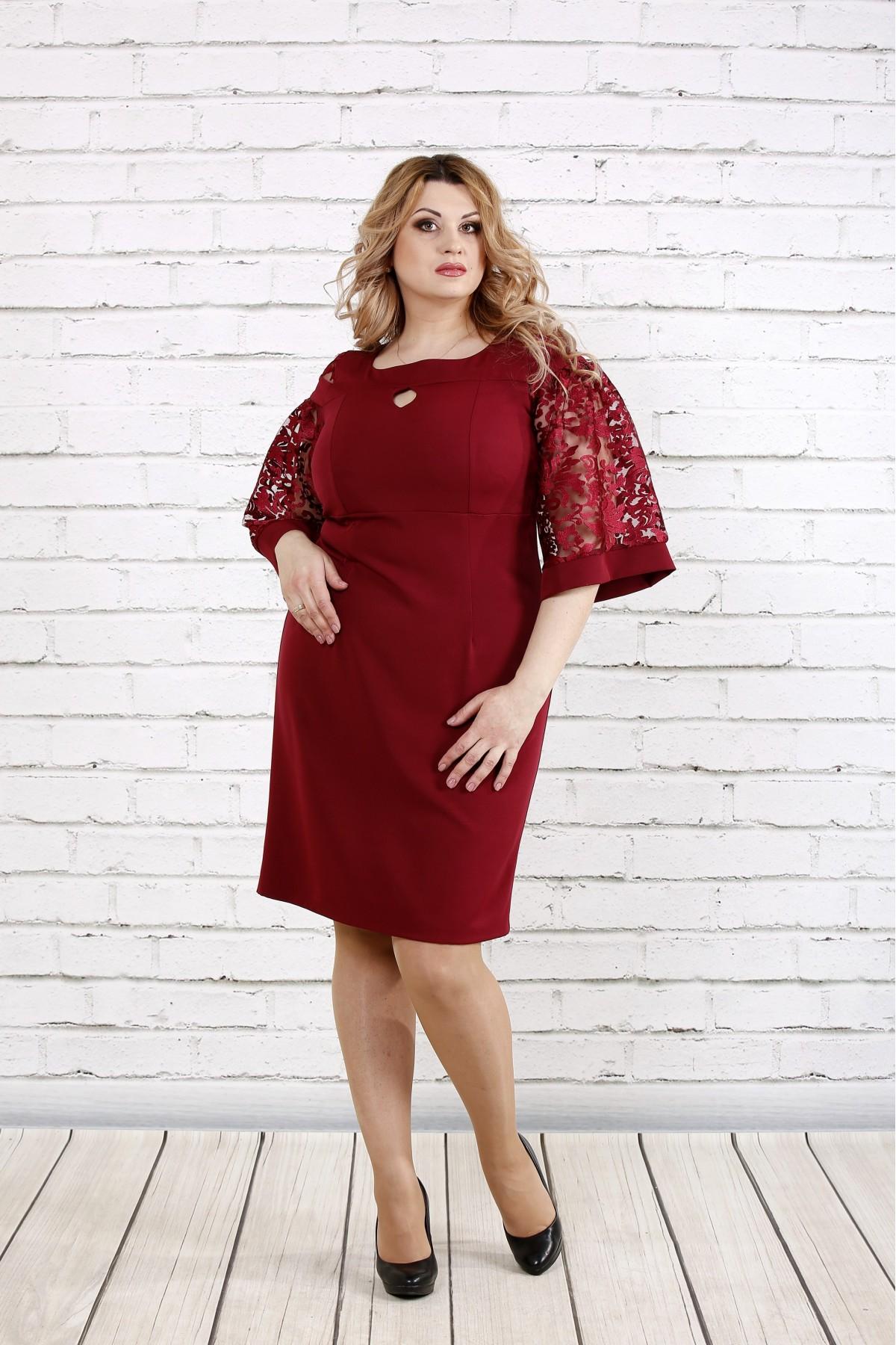 Бордовое платье с руковами из гипюра   0755-1