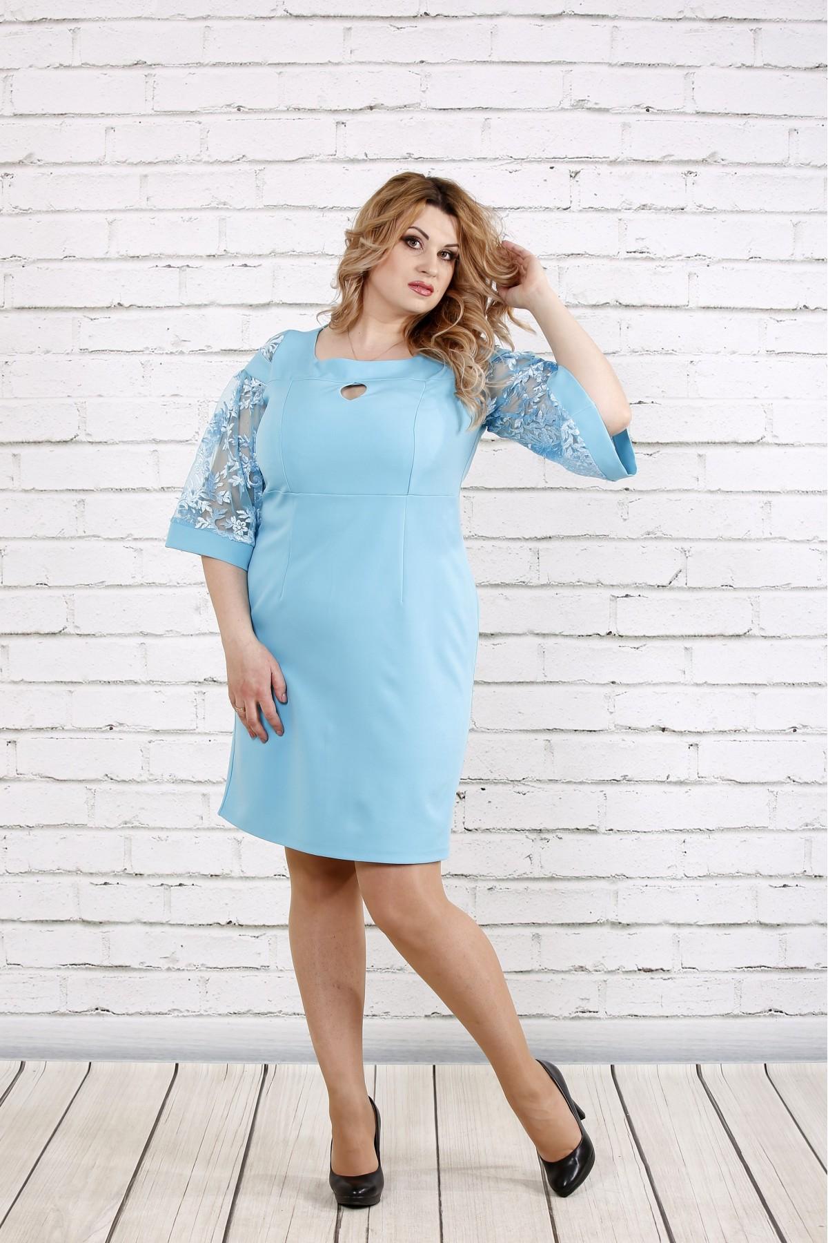 Платье небесно-голубого цвета   0755-3