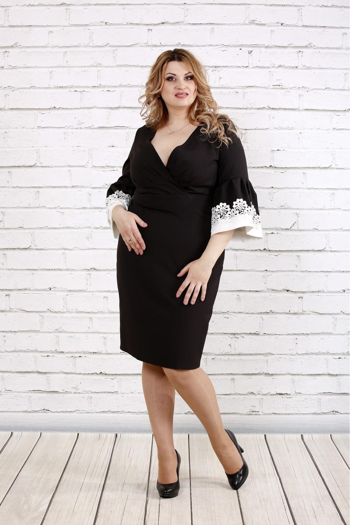 Черное платье с кружевом на рукавах | 0761-1