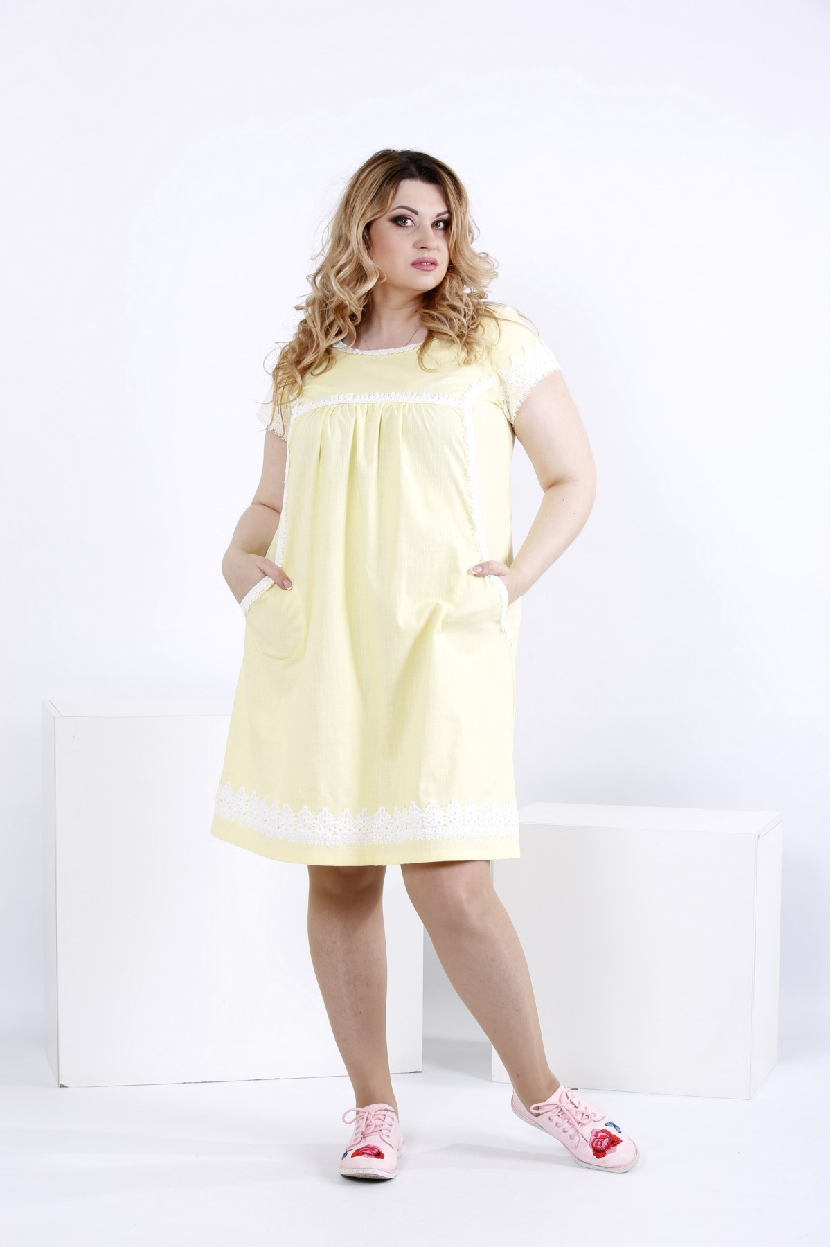 Светлое легкое платье выше колена | 0833-2