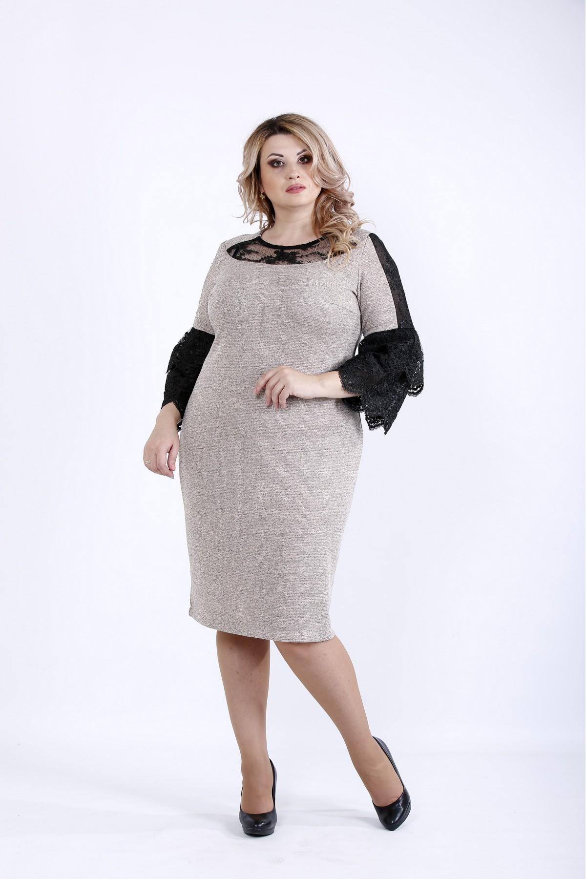 0901-3 | Светлое платье с темными вставками из гипюра