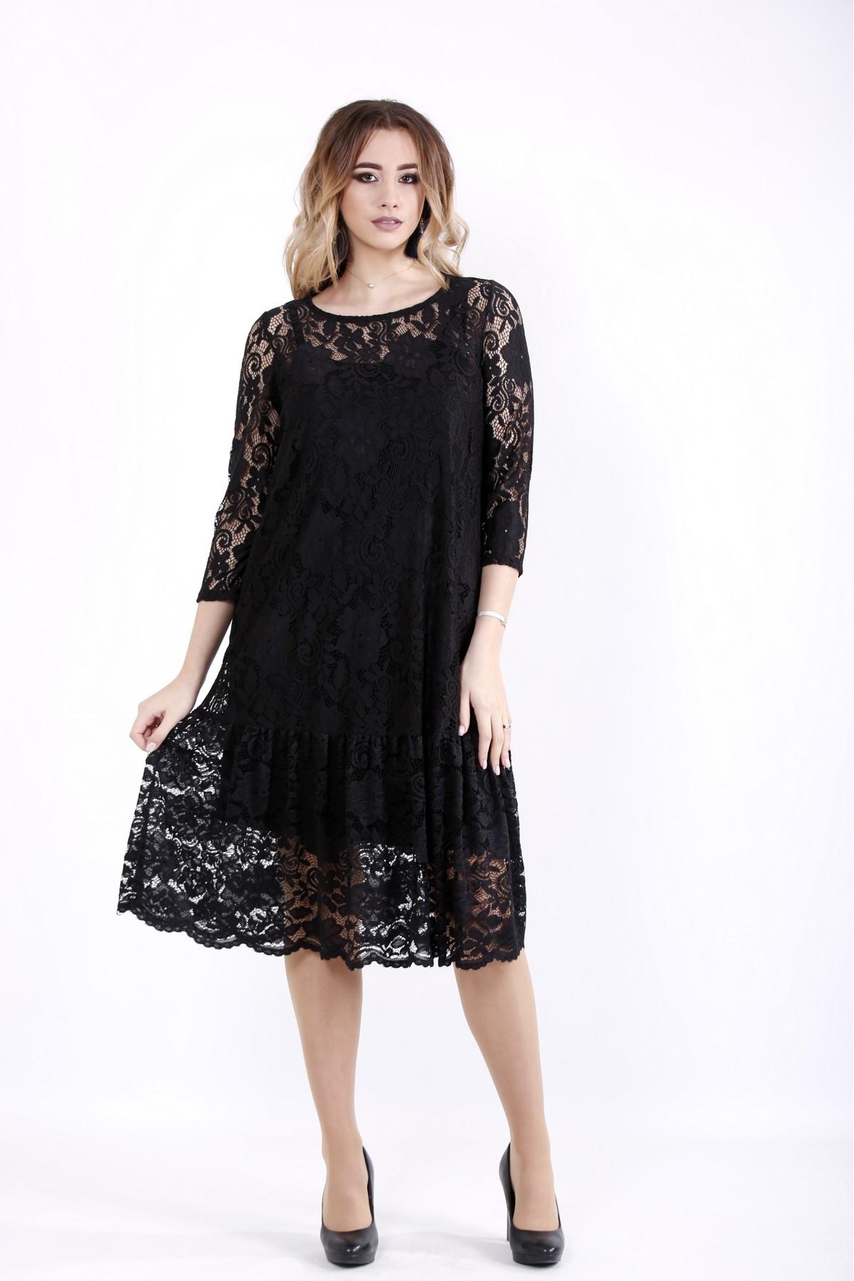 01050-1 | Черное трикотажное платье с гипюром