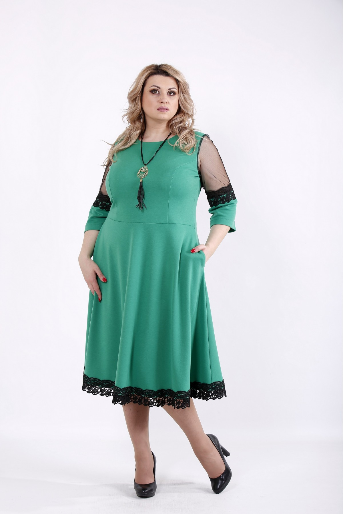 01056-3 | Зеленое пышное платье