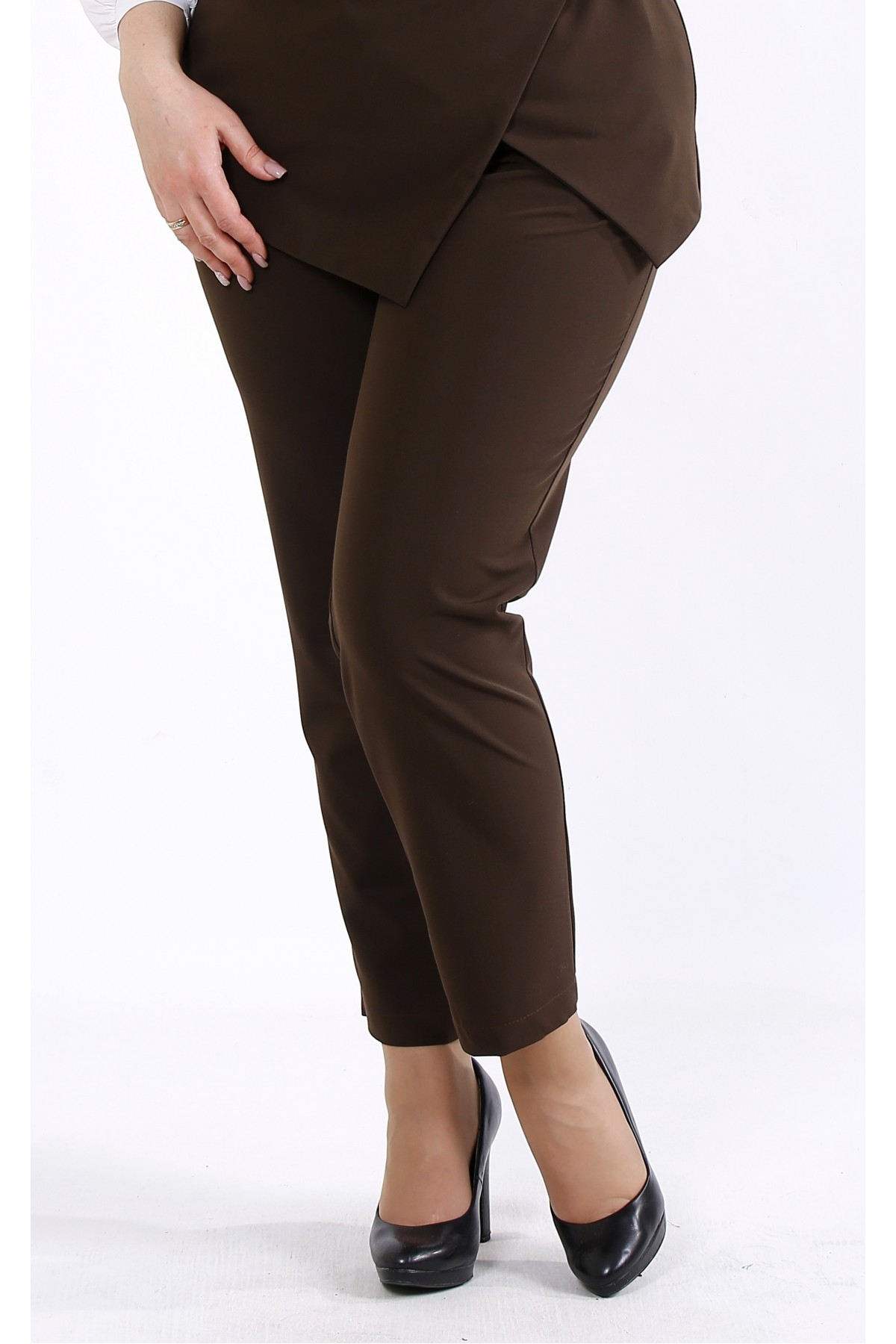 b046-2 | Коричневые брюки