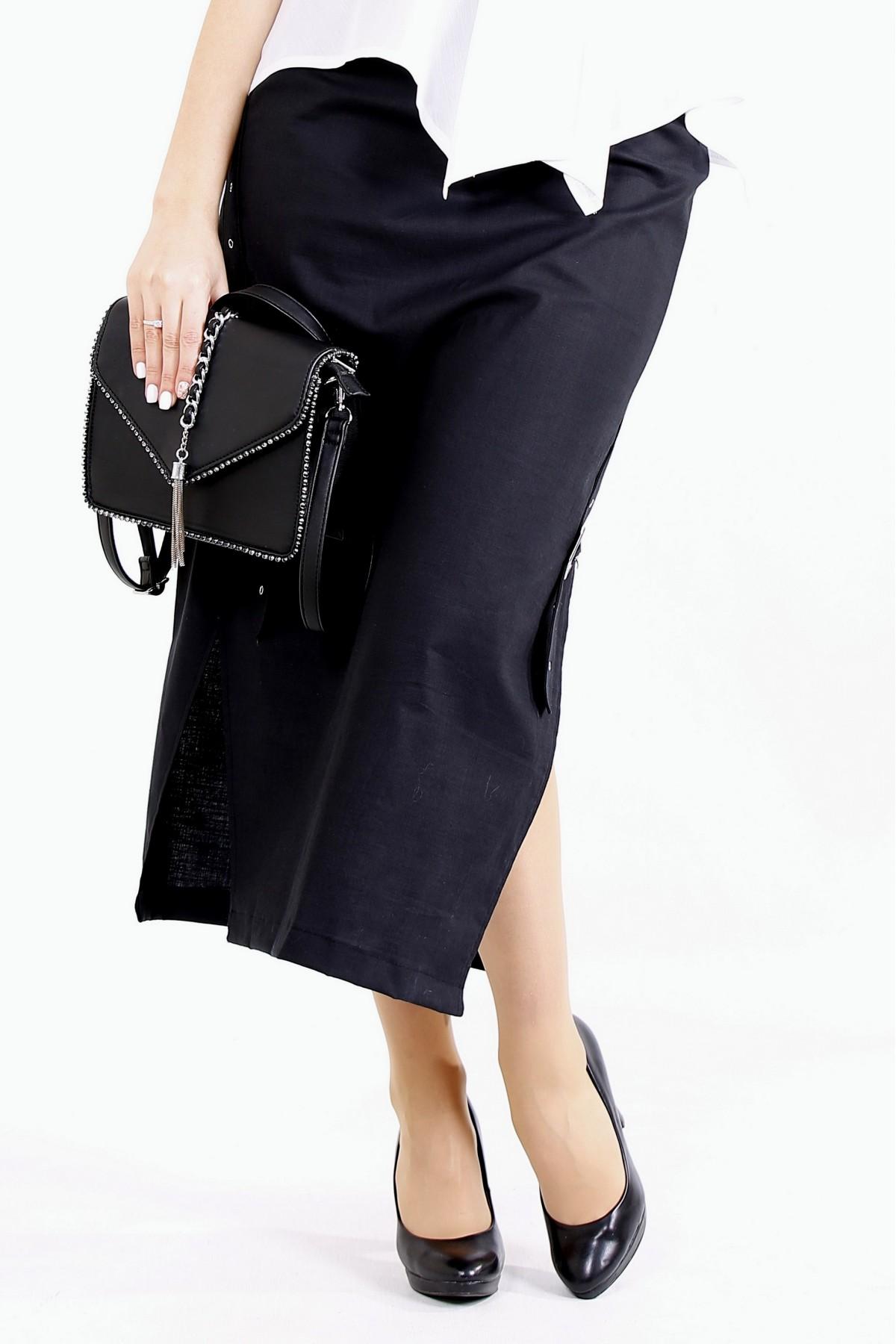 01111-1 | Черная льняная юбка ниже колена